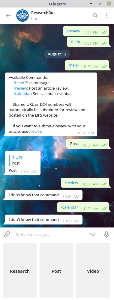 Image of Telegram messenger chatting to a default bot written in Golang
